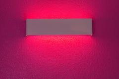 Λαμπτήρας τοίχων με την ελαφριά σκιά Στοκ φωτογραφία με δικαίωμα ελεύθερης χρήσης
