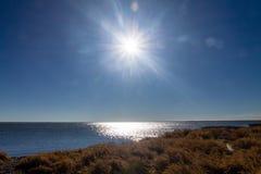 Λαμπυρίζοντας νερά, επαρχιακή περιοχή αναψυχής McGregor λιμνών, Αλμπέρτα, Καναδάς Στοκ φωτογραφία με δικαίωμα ελεύθερης χρήσης