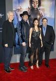 Λαντό του Jon, Robert Rodriguez, James Cameron και Rosa Salazar στοκ φωτογραφία με δικαίωμα ελεύθερης χρήσης