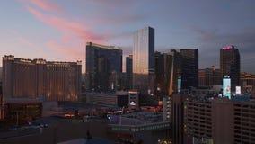 Λας Βέγκας το βράδυ - τα διάσημα ξενοδοχεία στη λουρίδα - ΗΠΑ 2017 απόθεμα βίντεο