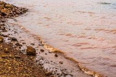 Λασπώδη κύματα νερού Panshet στοκ φωτογραφίες