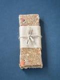Λαστιχωτός φραγμός δύναμης granola muesli στοκ εικόνες με δικαίωμα ελεύθερης χρήσης