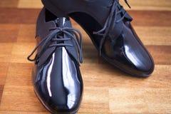 Λατινικά παπούτσια χορού αιθουσών χορού Στοκ Φωτογραφίες