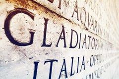 Λατινική επιγραφή στον τοίχο στη Ρώμη, Ιταλία Στοκ Φωτογραφίες