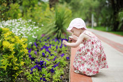λατρευτό μικρό παιδί δύο ε&ka Στοκ φωτογραφία με δικαίωμα ελεύθερης χρήσης
