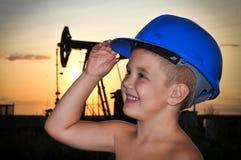 Λατρευτό παιδί με ένα κράνος Στοκ Φωτογραφίες