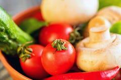 Λαχανικά, αυγά και μανιτάρια τρόφιμα αγροτικά Στοκ Εικόνες