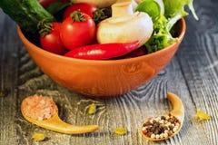 Λαχανικά, αυγά και μανιτάρια τρόφιμα αγροτικά Στοκ εικόνες με δικαίωμα ελεύθερης χρήσης
