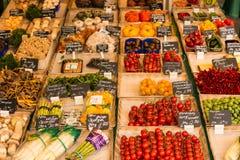 Λαχανικά για την πώληση σε μια αγορά αγροτών Στοκ φωτογραφίες με δικαίωμα ελεύθερης χρήσης