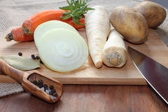 Λαχανικά για το μαγείρεμα ενός γεύματος Στοκ φωτογραφίες με δικαίωμα ελεύθερης χρήσης