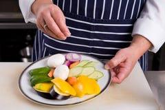 Λαχανικά εποχών αρχιμαγείρων Στοκ εικόνα με δικαίωμα ελεύθερης χρήσης