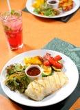 λαχανικά μπριζόλας ψαριών Στοκ φωτογραφίες με δικαίωμα ελεύθερης χρήσης