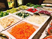 Λαχανικά ποικιλίας στο φραγμό σαλάτας του ξενοδοχείου Στοκ Φωτογραφίες