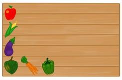 Λαχανικά που χρωματίζονται στο ξύλινο σημάδι με Copyspace για το κείμενο Στοκ φωτογραφία με δικαίωμα ελεύθερης χρήσης