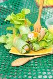 Λαχανικά ρόλων σαλάτας και καβούρι, ζαμπόν Στοκ φωτογραφίες με δικαίωμα ελεύθερης χρήσης