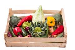 Λαχανικά σε ένα κιβώτιο Στοκ φωτογραφία με δικαίωμα ελεύθερης χρήσης