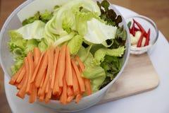 Λαχανικά σε ένα κύπελλο Στοκ Φωτογραφία