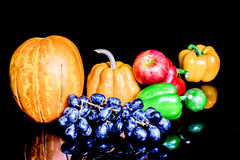Λαχανικά, χορτάρια και φρούτα Στοκ φωτογραφία με δικαίωμα ελεύθερης χρήσης