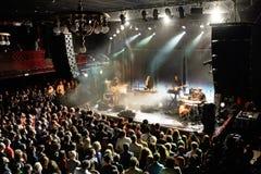 Λαϊκή ζώνη ονείρου σπιτιών παραλιών από τη Βαλτιμόρη στη συναυλία στη σκηνή Apolo Στοκ Εικόνα