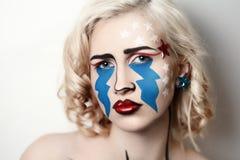 Λαϊκή φωνάζοντας μοναξιά κοριτσιών τέχνης στοκ φωτογραφία με δικαίωμα ελεύθερης χρήσης