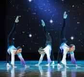 Λαϊκό εκπαιδευτικό μάθημα χορού χορού εκπαιδεύω-βασικό Στοκ φωτογραφία με δικαίωμα ελεύθερης χρήσης