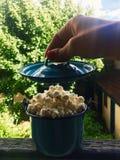 Λαϊκό Popcorn υγιές πρόχειρο φαγητό στοκ εικόνα
