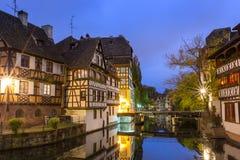 Λα λεπτοκαμωμένη Γαλλία στο χρόνο σούρουπου, Στρασβούργο, Αλσατία Στοκ Φωτογραφία