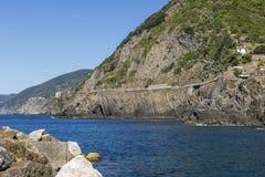 ` Λα μέσω της κοιλάδας ` amore ` η φυσική πορεία που συνδέει Riomaggiore με Manarola αγνοώντας τη θάλασσα, Cinque Terre, Λιγυρία, στοκ φωτογραφίες με δικαίωμα ελεύθερης χρήσης