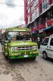 Λα Παζ, Βολιβία - 16 Αυγούστου: Κυκλοφορία αυτοκινήτων ταξί, Βολιβία, 2015 Στοκ εικόνες με δικαίωμα ελεύθερης χρήσης