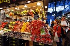 Λα Boqueria - διάσημη αγορά στο κέντρο της Βαρκελώνης Στοκ εικόνα με δικαίωμα ελεύθερης χρήσης