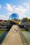 Λα Geode Parc de Λα Villette, Παρίσι, Γαλλία Στοκ φωτογραφία με δικαίωμα ελεύθερης χρήσης