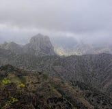 Λα Gomera - Roque EL Cano επάνω από την πόλη Vallehermoso Στοκ Φωτογραφία