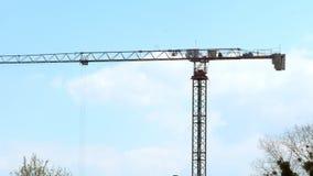 Λειτουργώντας γερανοί πύργων, κτήρια απόθεμα βίντεο