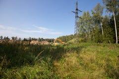 Λειτουργώντας εκσκαφέας στο δάσος Στοκ φωτογραφία με δικαίωμα ελεύθερης χρήσης