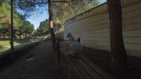 Λειτουργώντας ABS σε ένα πάρκο απόθεμα βίντεο