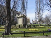 Λειψία μνημείο δημάρχου Carl Wilhelm Muller Denkmal στο πάρκο der untere στοκ φωτογραφία