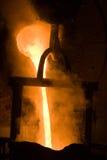 Λειωμένος σίδηρος σε υψηλής θερμοκρασίας Στοκ Φωτογραφία