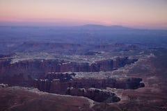 Λεκάνη μνημείων - εθνικό πάρκο Canyonlands Στοκ εικόνες με δικαίωμα ελεύθερης χρήσης