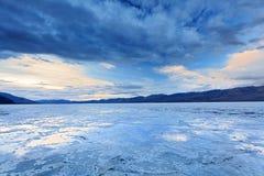Λεκάνη Badwater κοιλάδων θανάτου Στοκ φωτογραφίες με δικαίωμα ελεύθερης χρήσης