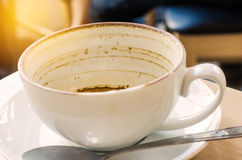 Λεκέδες καφέ στο άσπρο γυαλί Στοκ Εικόνες