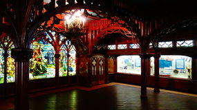 Λεκιασμένη λαμπρότητα γυαλιού μέσα στο μουσείο Great Lakes Dossin, Ντιτρόιτ, MI στοκ εικόνες