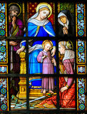 Λεκιασμένο γυαλί - το παιδί Ιησούς και Mary Στοκ φωτογραφίες με δικαίωμα ελεύθερης χρήσης