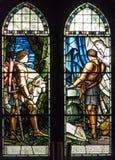 Λεκιασμένο εκκλησία παράθυρο γυαλιού στοκ εικόνες με δικαίωμα ελεύθερης χρήσης