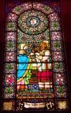 Λεκιασμένο μωρό Ιησούς Mary Monastery Μοντσερράτ γυαλιού Στοκ Εικόνες