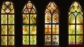 Λεκιασμένο παράθυρο γυαλιού, ζωηρόχρωμο παράθυρο γυαλιού, Στοκ Εικόνες