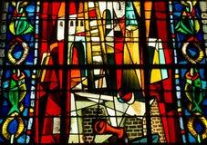 Λεκιασμένο παράθυρο γυαλιού σε Churche Άγιος Jean de Mormartre Στοκ Φωτογραφία
