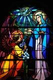 Λεκιασμένο παράθυρο γυαλιού της εκκλησίας Vermand σε Picardie Στοκ Φωτογραφίες