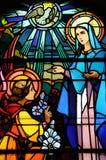Λεκιασμένο παράθυρο γυαλιού της εκκλησίας Vermand σε Picardie Στοκ Φωτογραφία