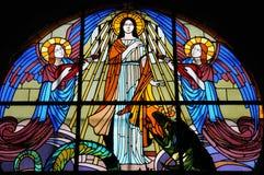 Λεκιασμένο παράθυρο γυαλιού της εκκλησίας Vermand σε Picardie Στοκ φωτογραφία με δικαίωμα ελεύθερης χρήσης
