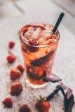 Λεμονάδα φραουλών Στοκ Φωτογραφίες